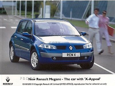 "Renault Megane Press Photo 2002 And Press Release ""x-Appeal"" *post Free Uk *"