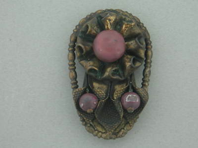 VICTORIAN SCOTTISH PURPLE STONE BRASS DRESS CLIP C1880