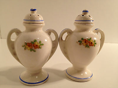 Vintage Floral Ornate Urn Salt & Pepper Shakers Made In Japan