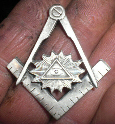 freemasons,compass and square, all seeing eye, vest pin