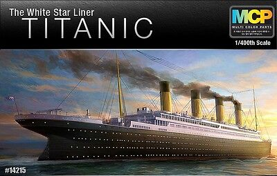 1/400 ACADEMY R.M.S TITANIC Multi Color Parts MODEL KIT #14215 *Express Shipping