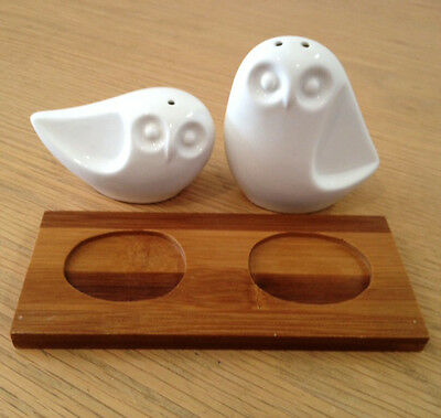 Porcelain Owl Salt and Pepper Shaker Set (New) Animal, Homeware, Kitchenware