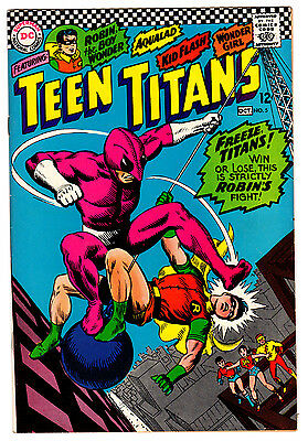 Teen Titans #5 8.5 Off-White Pages Silver Age Robin