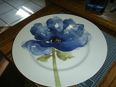 Made in England ROYAL STAFFORD WATERCOLOR BLOOM BLUE FLORAL DINNER  PLATES