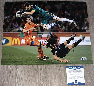 IKER CASILLAS SIGNED AUTOGRAPH SPAIN 11x14 PHOTO A w/PROOF REAL MADRID