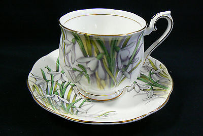 Royal Albert England Bone China Snowdrop Flower pattern Tea Cup & Saucer set