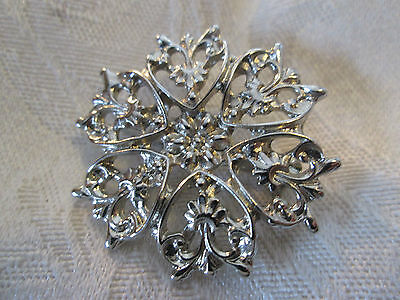 Vintage Costume Jewelry Pins Broche Circle With Hearts Scarf Pin Preowned