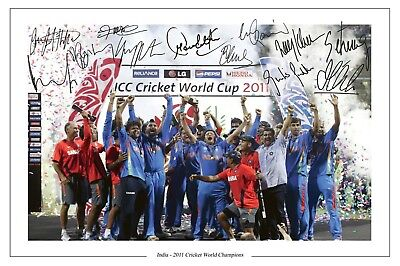 India Cricket World Cup 2011 Squad Signed Photo Print