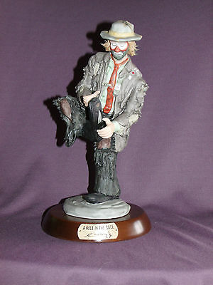 Emmett Kelly Jr A Hole in the Sole 9704 Flambro Limited Edition with Base MIB