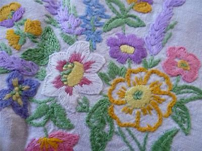 Elegant Vintage Heavily Hand Embroidered Linen Tablecloth~Floral&Lace Embroidery