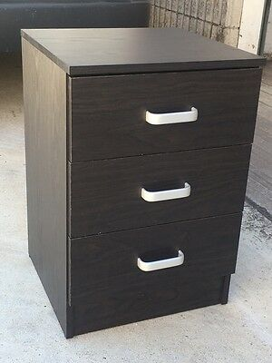 New 3 Drawer Bedside Table / Chest of Drawers / Cabinet