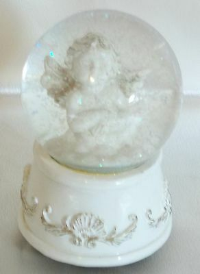 Angel Glass Musical White & Gold Snow Globe