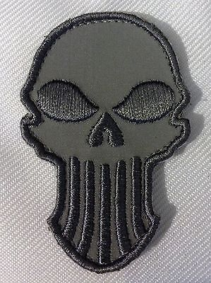 PUNISHER ACU LIGHT TACTICAL COMBAT BADGE MORALE VELCRO MILITARY PATCH