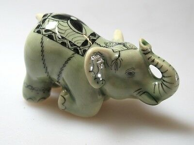 Doll house Miniature Collectible Porcelain Ceramic Siam ELEPHANT Figurine Wild