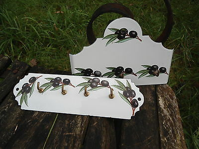 LOT 2 ACCROCHE TORCHONS  PORTE CLEF EMAILLES EMAIL VERITABLE NEUFS 2 Fab. FRANCE