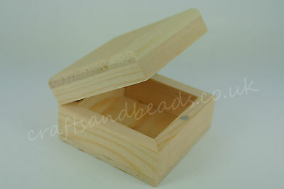 SQUARE SMALL WOODEN PINE JEWELLERY BOXES FOR DECORATION or DECOUPAGE