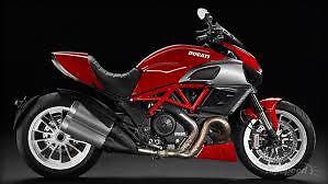 Manuale Officina DUCATI DIAVEL & DIAVEL CARBON Workshop Service Manual