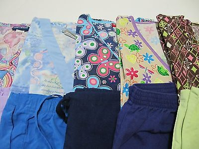 Womans Lot Of Scrubs  5 Tops, 5 Pants   Very Nice Condition   Size Xsm (Box 88)