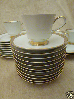 1723 Heinrich & Co. Selb Bavaria 5 Cup 11 Saucer 9 Salad Gold 25 Pieces China