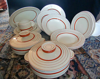 Clarice Cliff for Wilkinson 26 Piece Dinner Service Dated 1938/39
