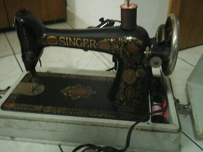 Vintage singer sewing machine portable