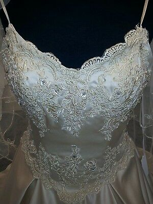 BEAUTIFUL A-LINE WED2B wedding dress size 10 Satin with lace overlay ...