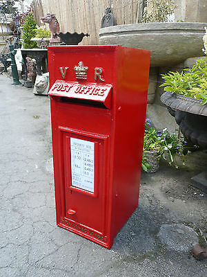 VR Cast iron post box with rear door Royal mail Red