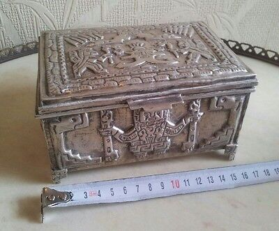 SOLID SOUTH AMERICAN SILVER BOX 900 - 439 grams - ETHNIC MOTIVES