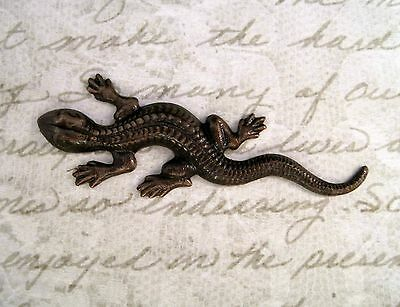 Large Antiqued Brass Lizard Stamping (1) - ANTFF0581 Jewelry Finding