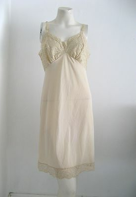 VANITY FAIR VINTAGE LONG TRICOT NYLON SLIP SIZE 36 MADE IN THE USA