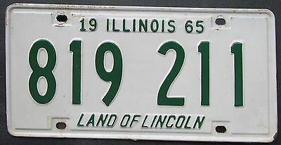 Illinois 1965 License Plate # 819 211