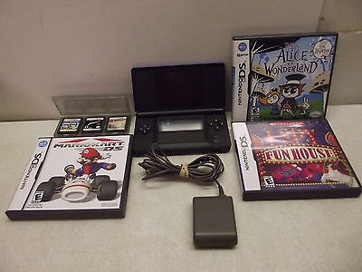 NINTENDO DS LITE BLUE SYSTEM BUNDLE WITH GAMES & CHARGER SUPER MARIO & KART