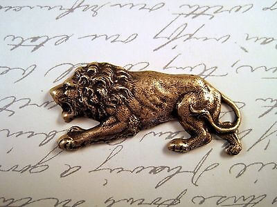 Antiqued Brass Crouching Lion Stamping (1) - ANTFFA8679 Jewelry Finding