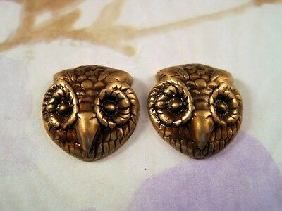 Small Antiqued Brass Owl Head Stampings (2) - ANTRAT6605  Jewelry Finding