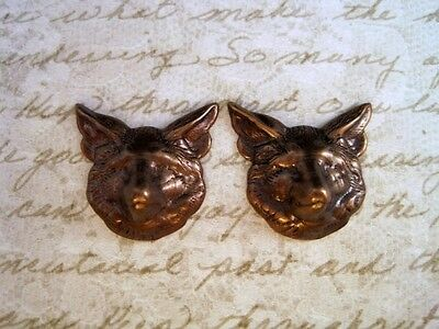 Antiqued Brass Wolf Head Stampings (2) - ANTRAT92 Jewelry Finding