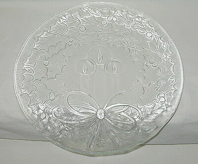 LE Smith Holly Wreath & Candles 12 1/2-inch Christmas Platter