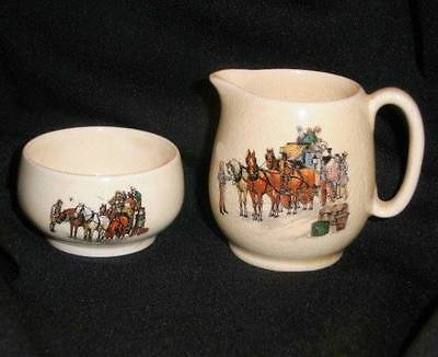 Vtg 1930s Royal Winton Grimwades CREAMER & SUGAR SET Old English Coaching Scenes
