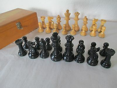 VINTAGE GERMAN STAUNTON WEIGHTED WOODEN HAND MADE CHESS SET WOOD BOX