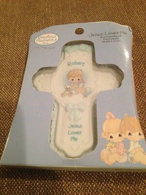 New Precious Moments JESUS LOVES ME Personalized Porcelain Wall Cross ROBERT