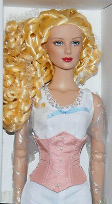"""Vintage Basic 16"""" doll Tonner BW 2013 NRFB Rooted hair Daphne sculpt"""