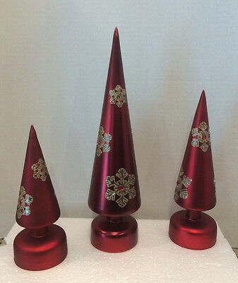 Winter Lane Color-Changing Mercury Glass Set of 3 Trees with Snowflakes RED