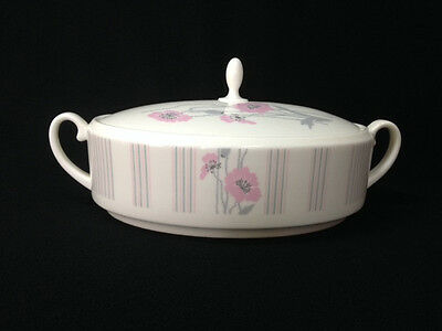 "Coalport Bone China England ""Candy""  Manhattan Lidded Casserole Vegetable Bowl"