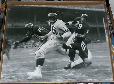 FRANK GIFFORD NY GIANTS RUNNING @ OLD YANKEE STADIUM HOUSE THAT RUTH BUILT 16x20