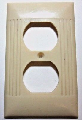 1 Vintage Ivory Color Sierra Art Deco Outlet Wall Plate Cover Ribbed Bakelite D8