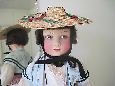 GORGEOUS ANTIQUE FRENCH FELT CLOTH RAYNAL DOLL C1930 IN TRADITIONAL COSTUME