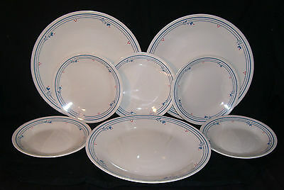 Lot of 8 Corelle Country Violets 3 dinner plates 5 Bread & Butter  blue /beige