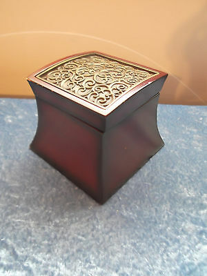 Unique Dark Wood Bombay 2004 Muscial Music Ring Jewelry Box Metal Design!!!