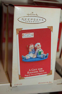 Hallmark 2003 A Gift for Raggedy Ann and Andy Ornament