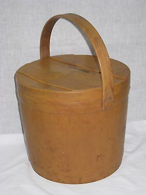 Vintage  hunting fishing scout bucket the sprortman's pal flambo ware plastic