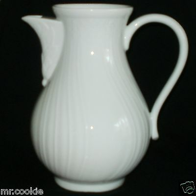 Bavaria Germany Hutschenreuther Selb Dresden 4 All White Coffee Pot No Lid